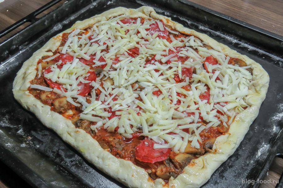 Пицца на готовом слоеном тесте