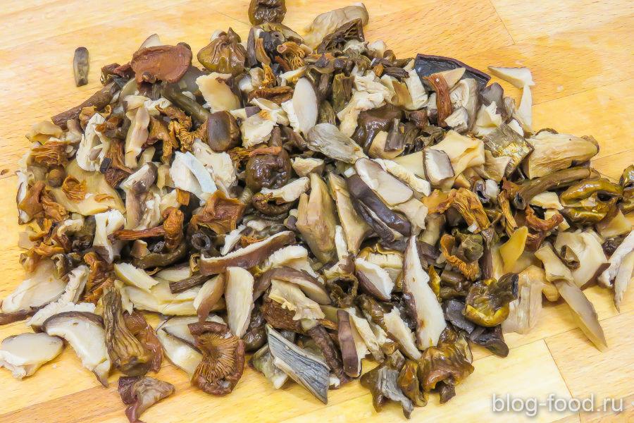 Щи с белыми грибами