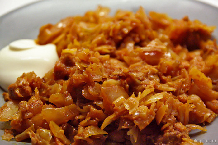 солянка из квашеной капусты с сосисками вкусная