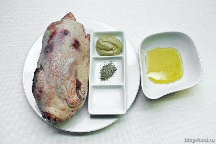 Утка вгорчично-медовом соусе
