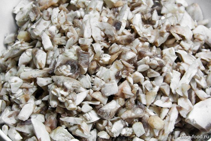 Филе миньон сосливочно-грибным соусом