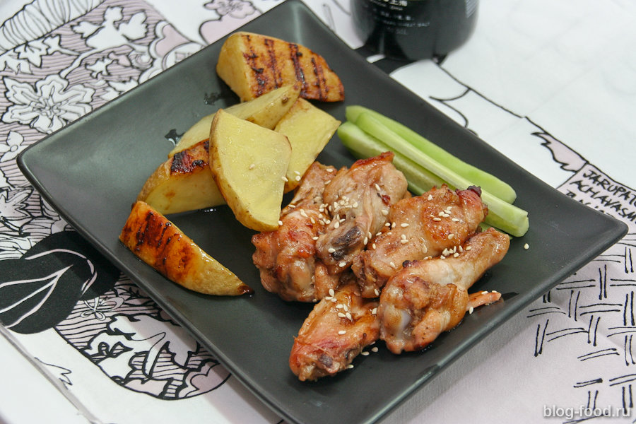 Крылышки тэрияки с запечённой картошкой