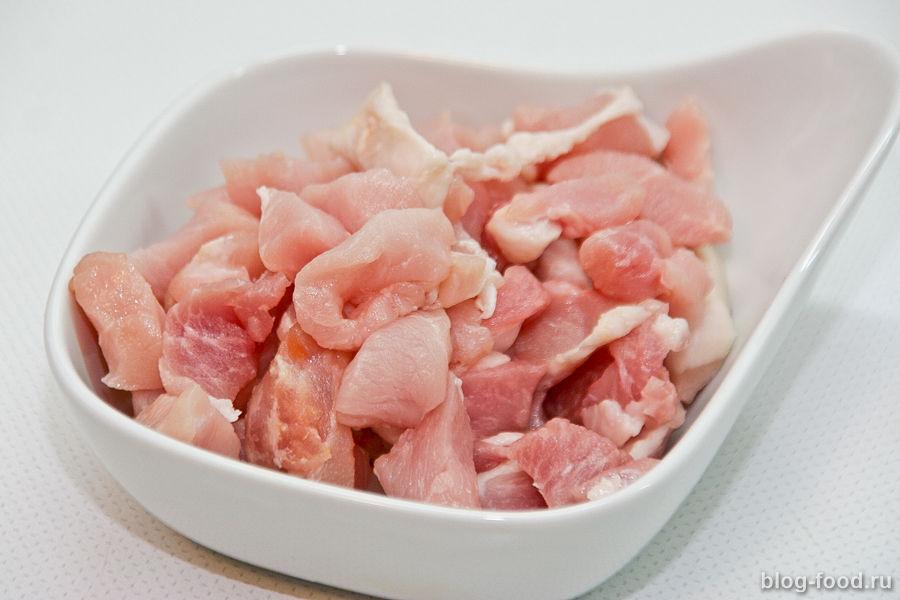Свинина с гречневой лапшой