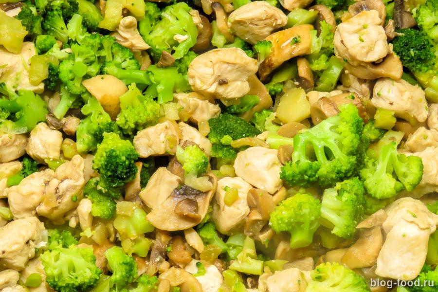 Паста с брокколи в сливочном соусе