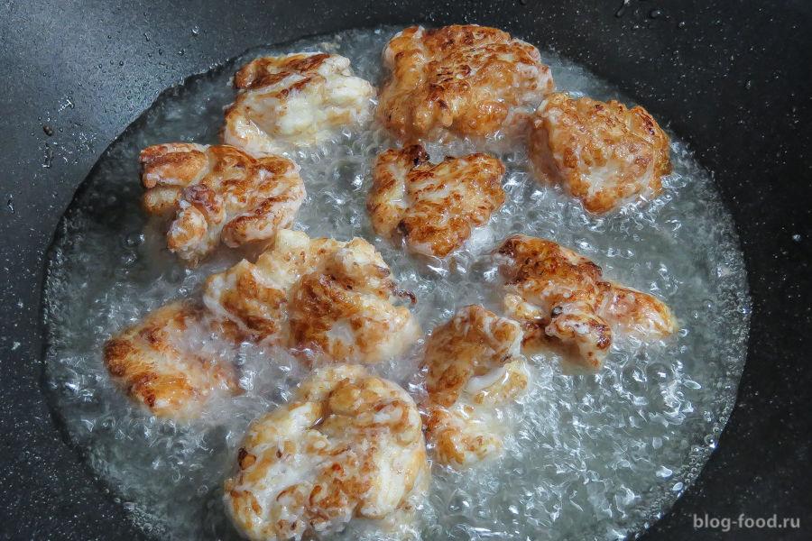 Курица в кляре  с имбирем и чесноком