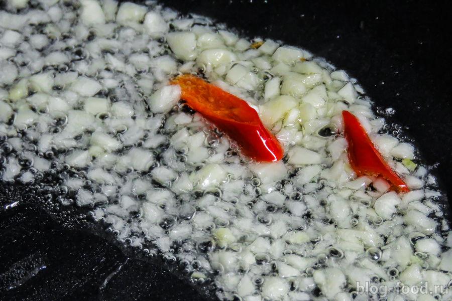 Рыбное стью с креветками и мидиями