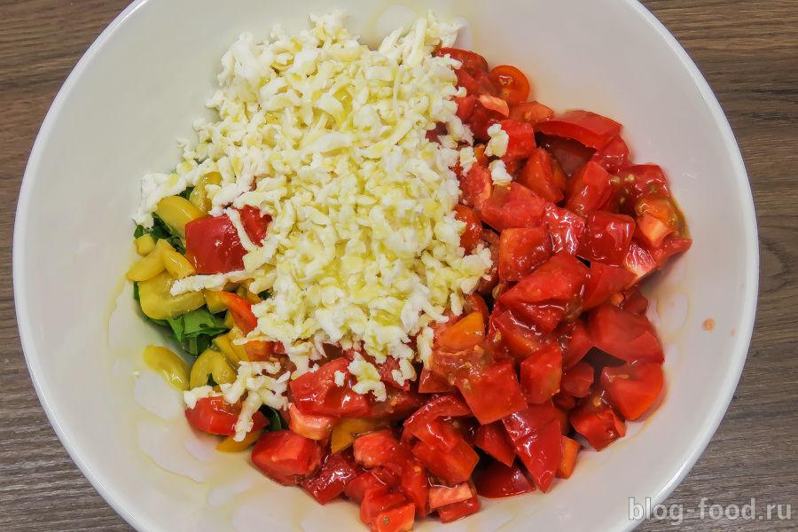 Салат в стиле Капрезе
