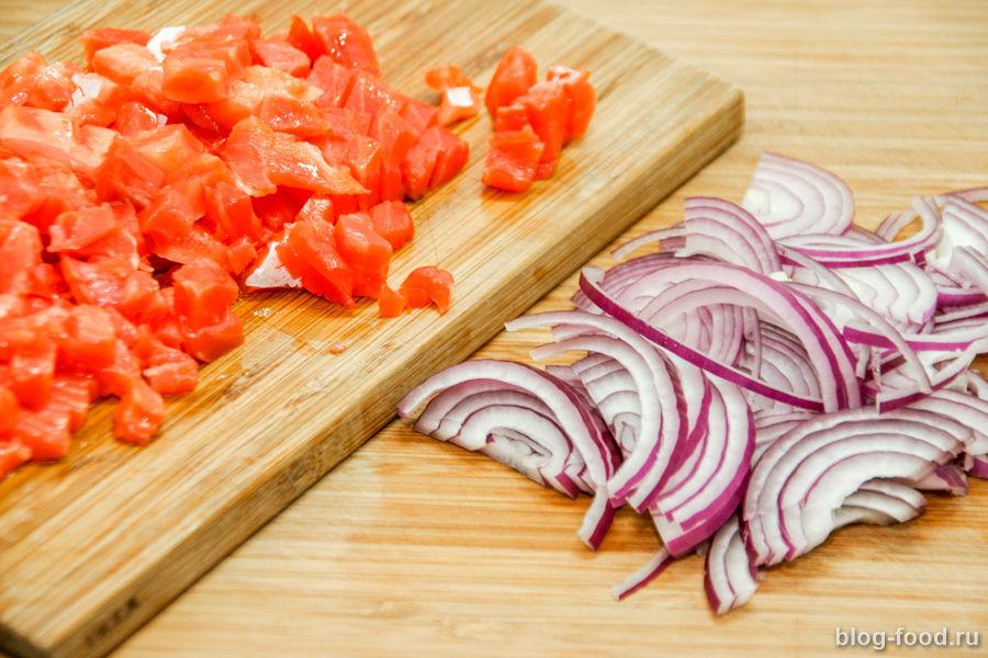 Картофельные оладьи с рыбой