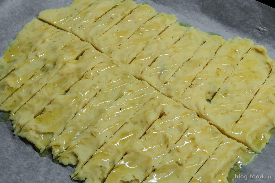 Картофель в беконе с грибами и сыром